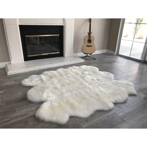 """Dynasty Natural 6-Pelt Luxury Long Wool Sheepskin Shag Rug - 5' x 5'5"""""""