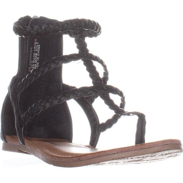 AR35 Madora Flat Thong Sandals, Black