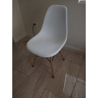 Plastic Chair with Wooden Legs - Hospitality Seating - Side Chair