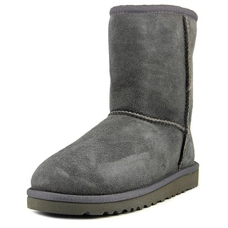 Ugg Australia Kids Classic Youth Round Toe Suede Gray Winter Boot|https://ak1.ostkcdn.com/images/products/is/images/direct/eaf759c04ac2f9413d5fcb68c4d257abe5b32a3e/Ugg-Australia-Kids-Classic-Youth-Round-Toe-Suede-Gray-Winter-Boot.jpg?impolicy=medium