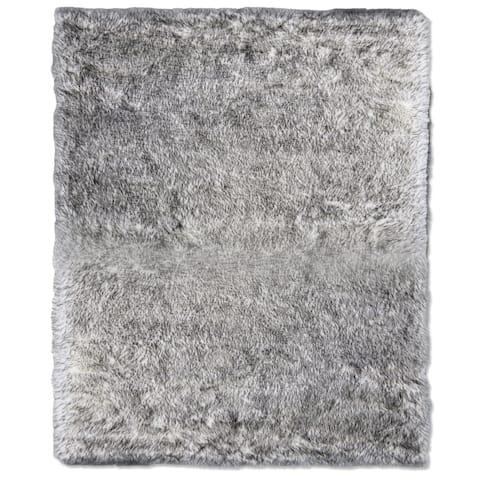 ECARPETGALLERY Handmade Faux Sheepskin Plush Grey Tip Rug - 4'0 x 6'0