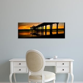 Easy Art Prints Panoramic Image 'Pier in the Pacific Ocean, Manhattan Beach Pier, Los Angeles, California' Canvas Art
