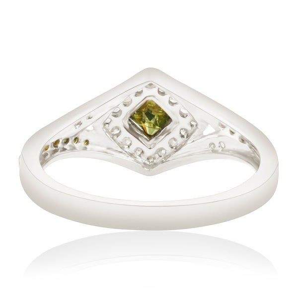 Prism Jewel 0.76 Carat Round Green Color Diamond /& Diamond Cluster Ring 925 Sterling Silver