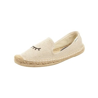 Soludos Womens Jason Polan Wink Smoking Slippers in Sand
