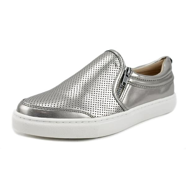 442edd37940 Shop Steve Madden Ellias Women Round Toe Synthetic Silver Sneakers ...