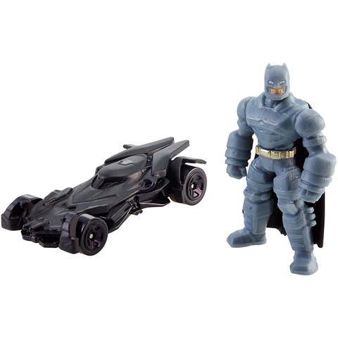 Hot Wheels Batman v Superman: Dawn of Justice Batman Mini Figure & Batmobile - multi-colored