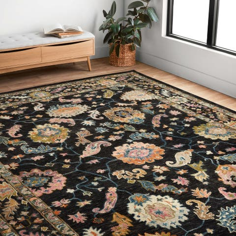 Alexander Home Megan Traditional Area Rug