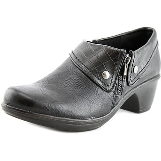Easy Street Darcy Round Toe Synthetic Clogs