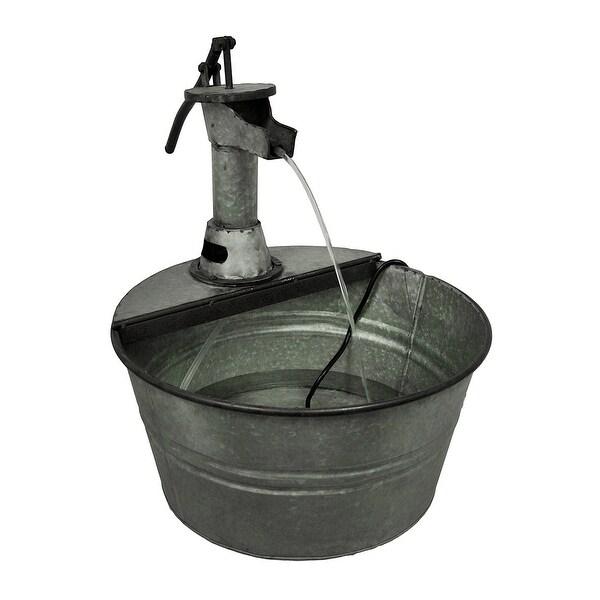 Vintage zunanja vodna črpalka - drugo - Fromtheinsideoutus-1973