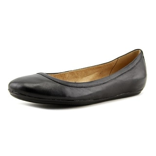 Naturalizer Brittany Round Toe Leather Flats