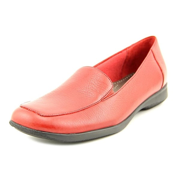 Trotters Jenn Apron Toe Leather Loafer
