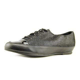 Munro American Petra Round Toe Canvas Oxford