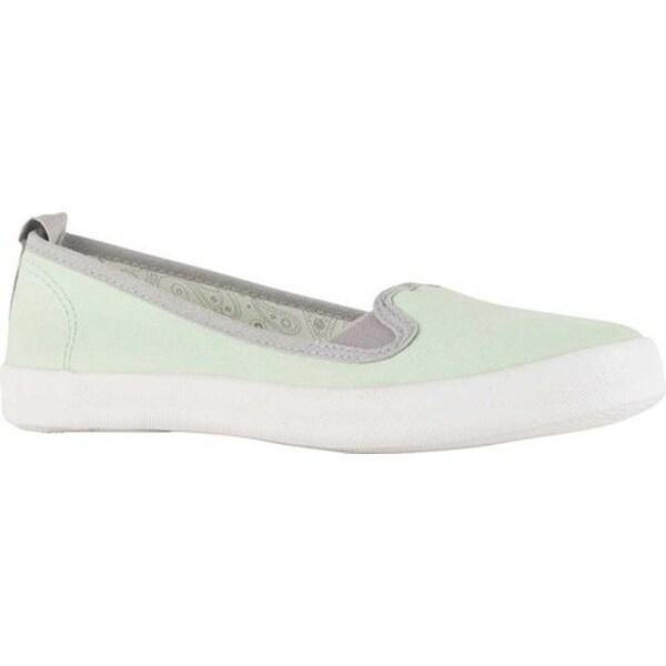 352fd4c510236 Shop Lamo Women's Ella Slip On Mint - Free Shipping On Orders Over ...