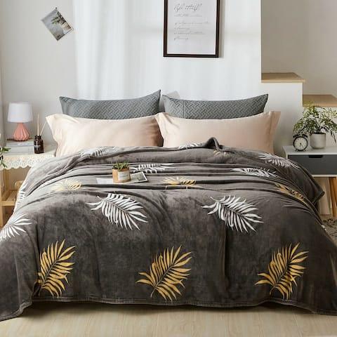 Fleece Plush Blanket Queen Star Gold Leaves