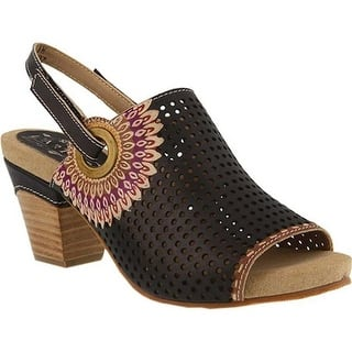 37208813e67 L Artiste by Spring Step Women s Shoes