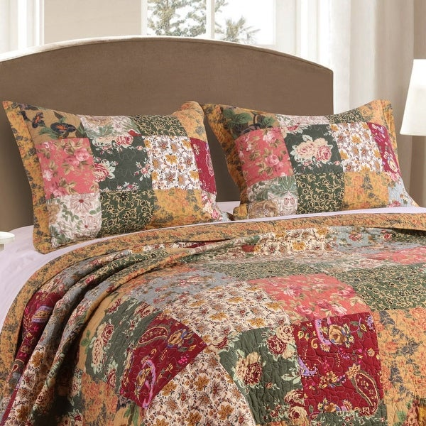 Greenland Home Fashions Antique Chic Quilted Shams (Set of 2). Opens flyout.