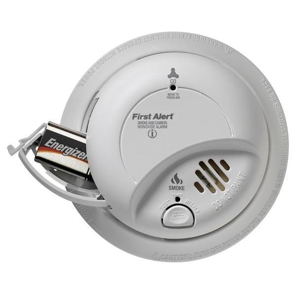 First Alert PC900V Combination Smoke//Carbon Monoxide Detector White