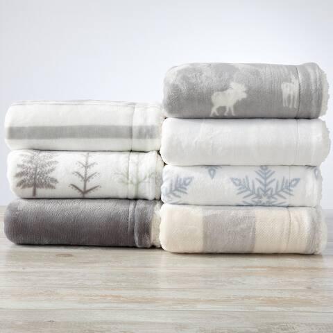 Great Bay Home Reversible Velvet Plush Sherpa Throw Blanket