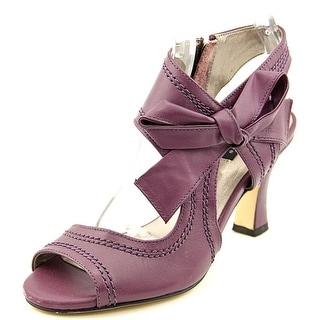 Array Scarlet Women  Open Toe Leather Purple Sandals