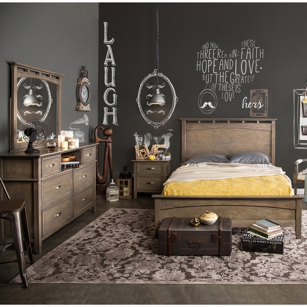 Furniture of America Reas Transitional Oak 4-piece Bedroom Set. Opens flyout.