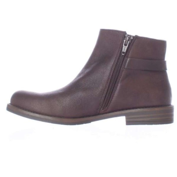 Bare Traps Womens Caine Round Toe Ankle Fashion Boots