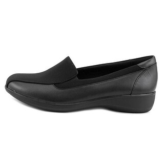 CLARKS Womens Castor Closed Toe Loafers