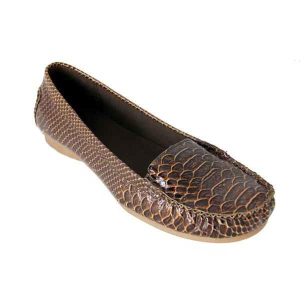 bcfd9626f5c Shop Women s Brown Exotic Animal Print Snake Skin Comfort Loafer Shoes -  Size 6 - Free Shipping On Orders Over  45 - Overstock - 18861612