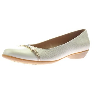 Naturalizer Womens Hailie Embossed Faux Leather Flats