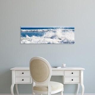Easy Art Prints Panoramic Image 'Waves, Lucy Vincent Beach, Chilmark, Martha's Vineyard, Massachusetts' Canvas Art