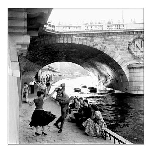 ''Rock n Roll sur les Quais de Paris'' by Paul Almasy Dance Art Print (19.75 x 19.75 in.)