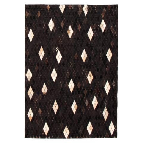 ECARPETGALLERY Handmade Cowhide Patchwork Black Leather Rug - 4'3 x 6'1