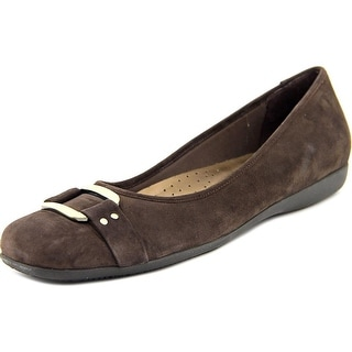 Trotters Sizzle Signature Women SS Round Toe Suede Brown Flats