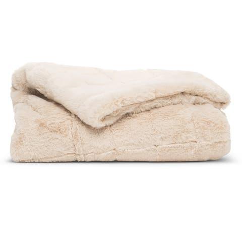 Super Comfy North Branch Series Fur Throw