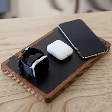 NYTSTND TRIO Wooden Qi Wireless 5-Coil Charging Station