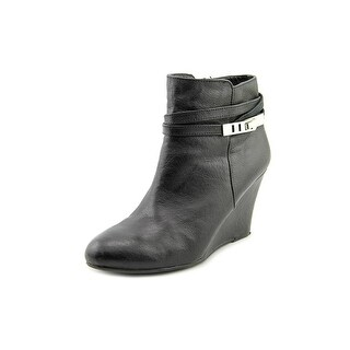 Chinese Laundry Unleash Women Round Toe Leather Black Ankle Boot