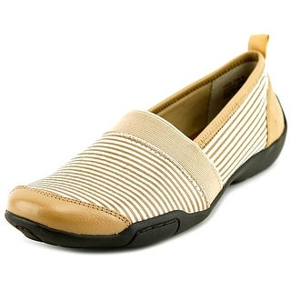 Ros Hommerson Carol SS Round Toe Leather Loafer