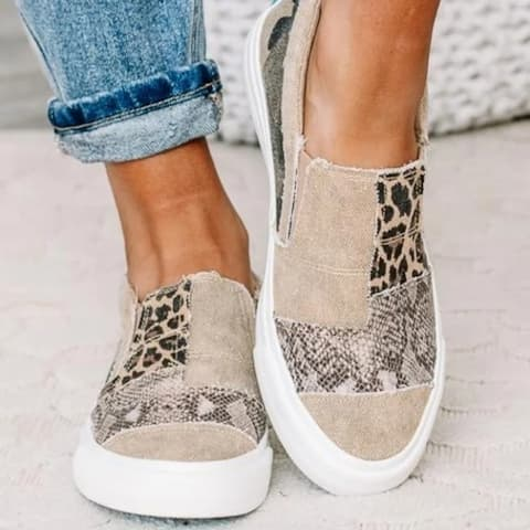 Daily Flat Heel Leather Sneakers