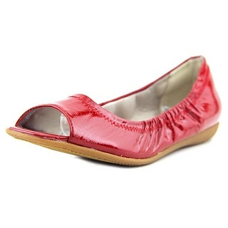 Trotters Morgan Women N/S Round Toe Patent Leather Ballet Flats