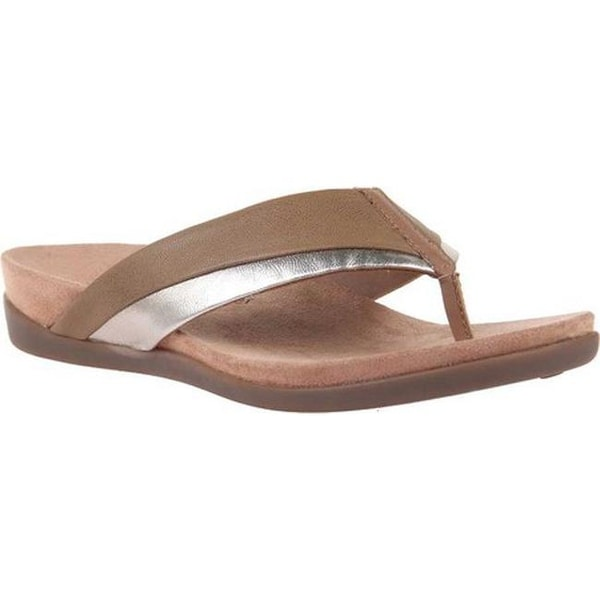 7189a056c30b Shop OTBT Women s Emmeth Thong Sandal Old Gold Leather - Free Shipping  Today - Overstock - 27358212