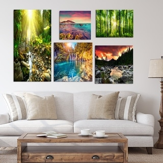 Designart - River Collection - Traditional Wall Art set of 5 pieces - Green