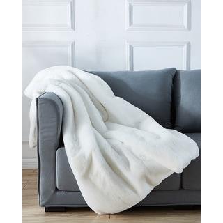 Cassilda Luxury Chinchilla Faux Fur Throw Blanket (50 In. x 60 In.)