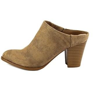 Fergalicious Womens Colleen Closed Toe Mules, Saddle, Size 10.0
