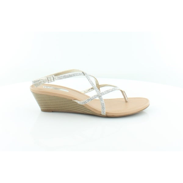 INC International Concepts Macawi Women's Sandals & Flip Flops Champagne - 9.5