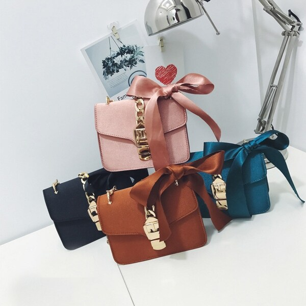e799a04fb384 Women Fashion Bowknot Chains Flap Bag Ladies Solid Hasp Shoulder Bags