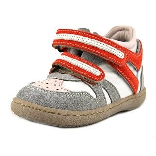 Momino 6945 EW Round Toe Synthetic Sneakers