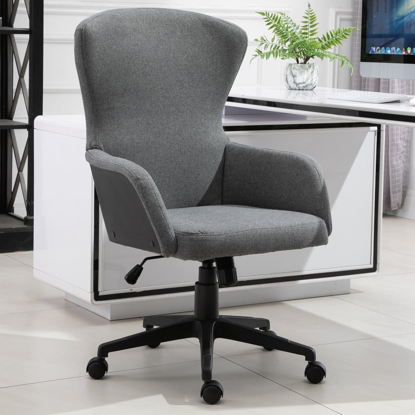 Vinsetto Ergonomic Rolling Office Desk & Computer Chair with 47 Castor  Wheels & Easy Adjustable Height/Tilt