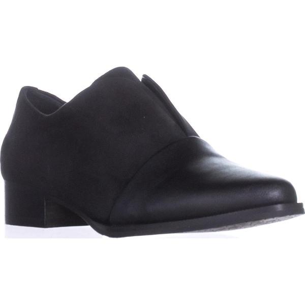 Tahari Lucy Flat Loafers, Black
