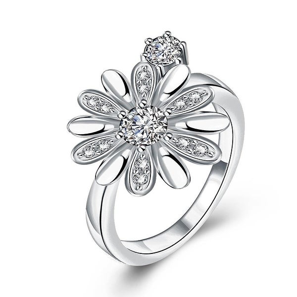 Charming White Gold Daisy Ring