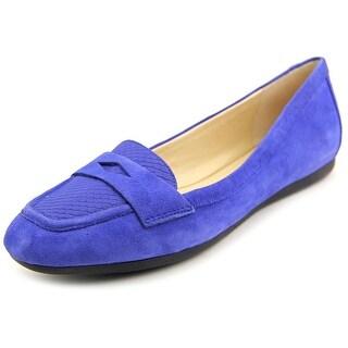 Isaac Mizrahi Sara Women W Apron Toe Suede Loafer