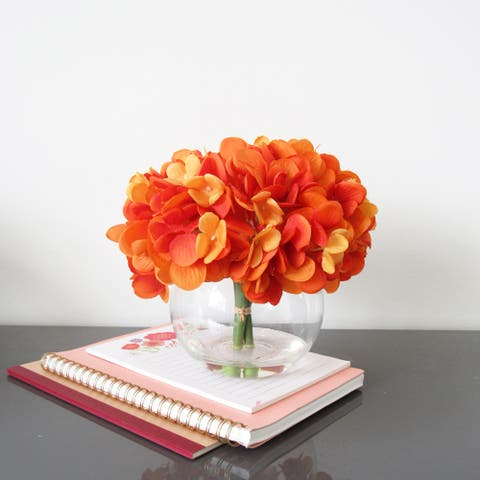 Hydrangea Flower Arrangement in Round Glass Vase 7in
